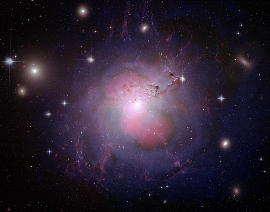 2014最激动人心的14个太空发现:钻石恒星