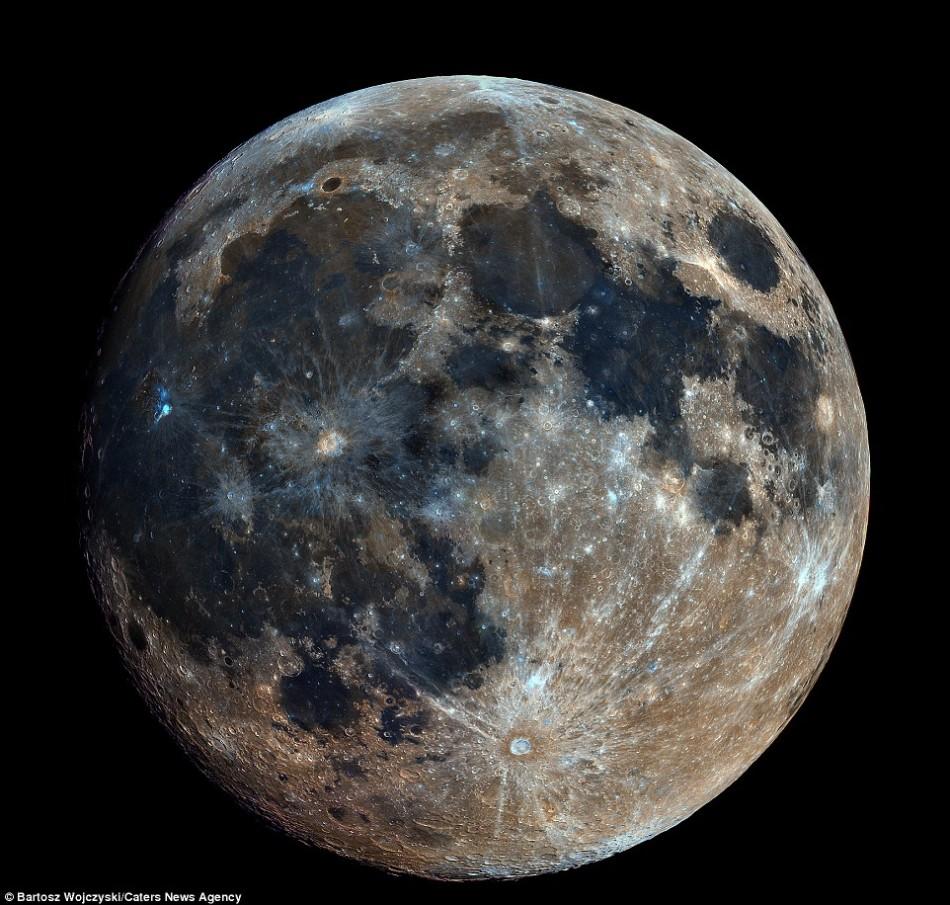 月亮高清照片