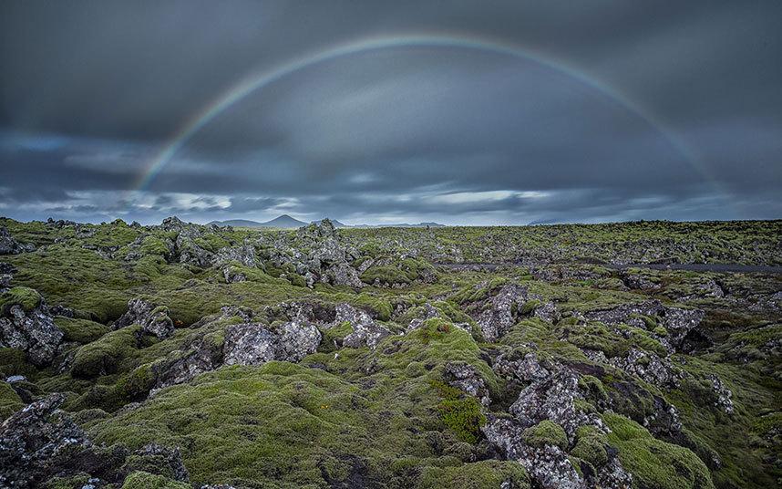 冰岛宛若仙境美景 :狭小峡谷内隐藏壮丽瀑布 - 浪浪云 - 仰望星空