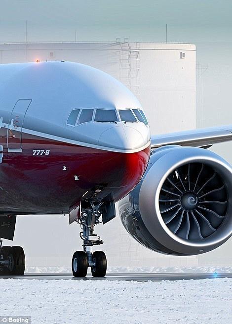 波音将造世界最大双引擎飞机:至少容纳400人