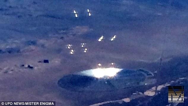 飞机乘客见到疑似UFO物体:好似巨大金属飞盘