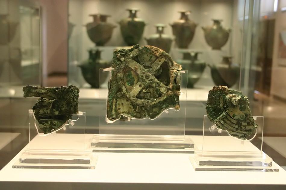 全球最古老古希腊计算机:形似钟表 可预测未来