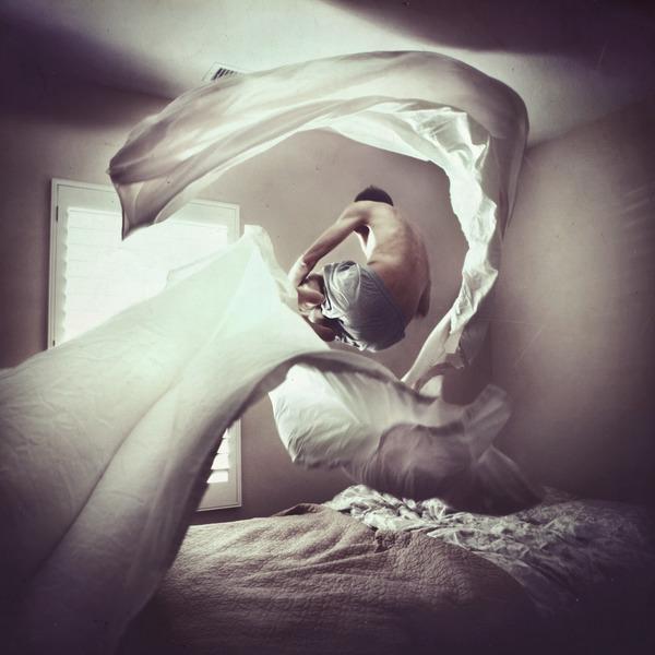 前卫与复古 天才摄影师的超现实作品