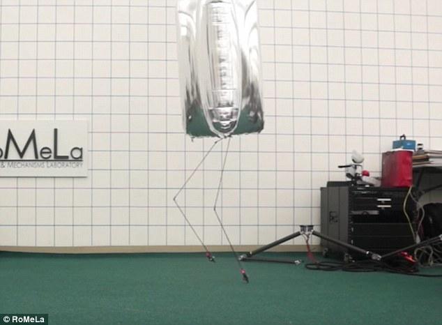 美发明氦气球人形机器人:身体轻盈动作灵活