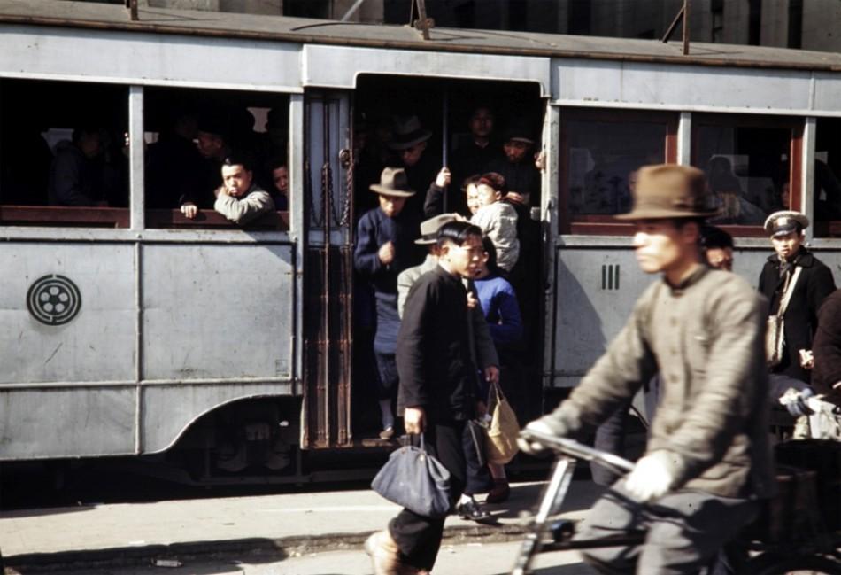 美翻了:1945年上海罕见彩照曝光
