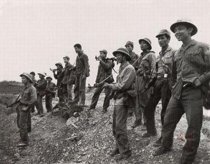 1979年中越战争烈士_越南照片中的中越战争