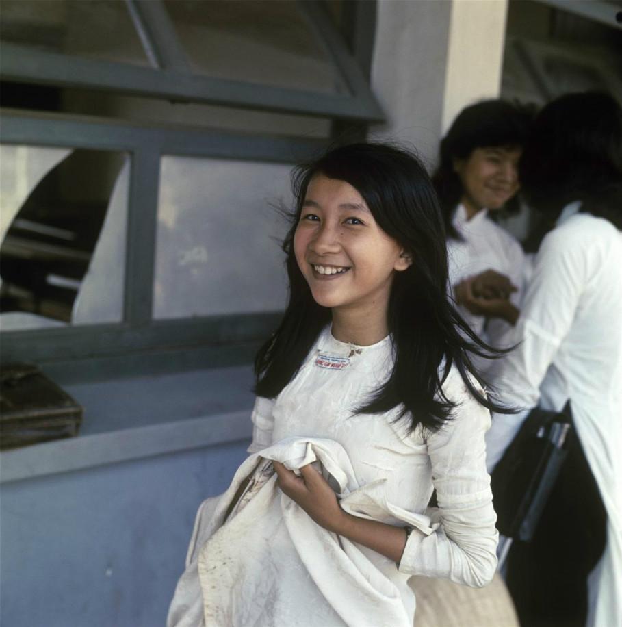 军人与少女:越战南越罕见社会生活高清照