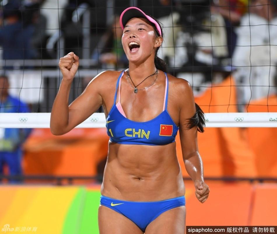中国选手王凡/岳园以0比2不敌本届奥运会的夺冠热门、美国名将组合