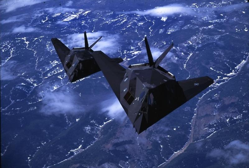 第八位:美国f117隐形战机