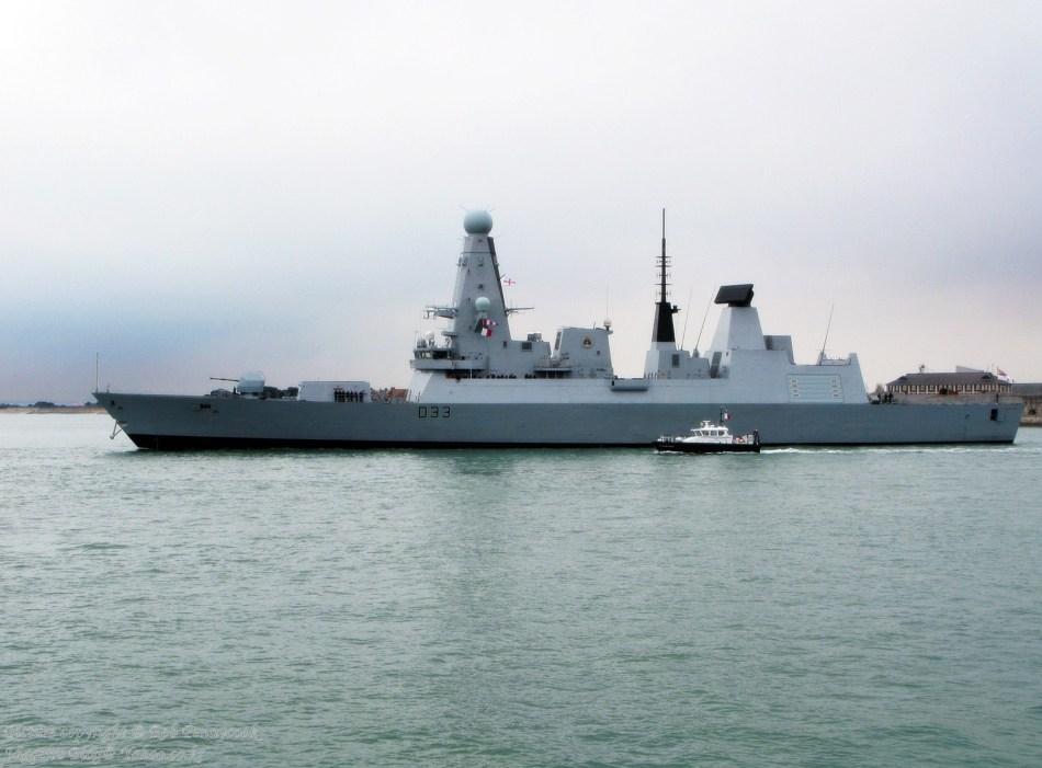 国皇家海军已经接受两艘先进45级隐身驱逐舰[10P]