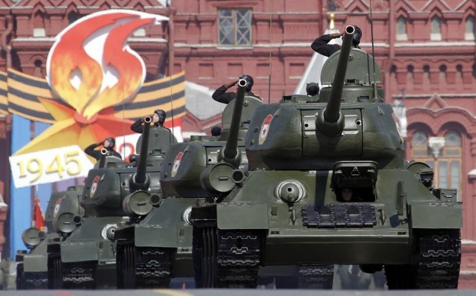 俄在二战中生产了近5万辆t-34系列坦克