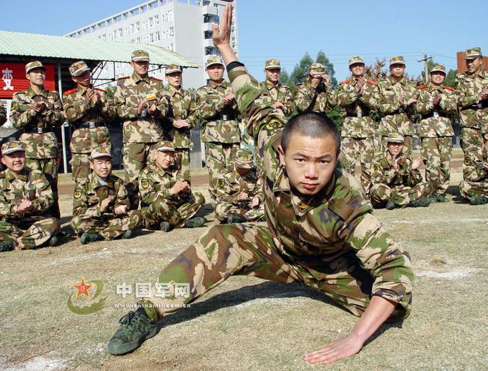 解放军武警部队 90后 新兵开始军营生涯图片