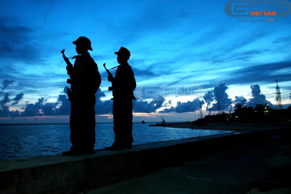 越南占领南海诸海岛欺负我们中国,中国为什么不敢开战