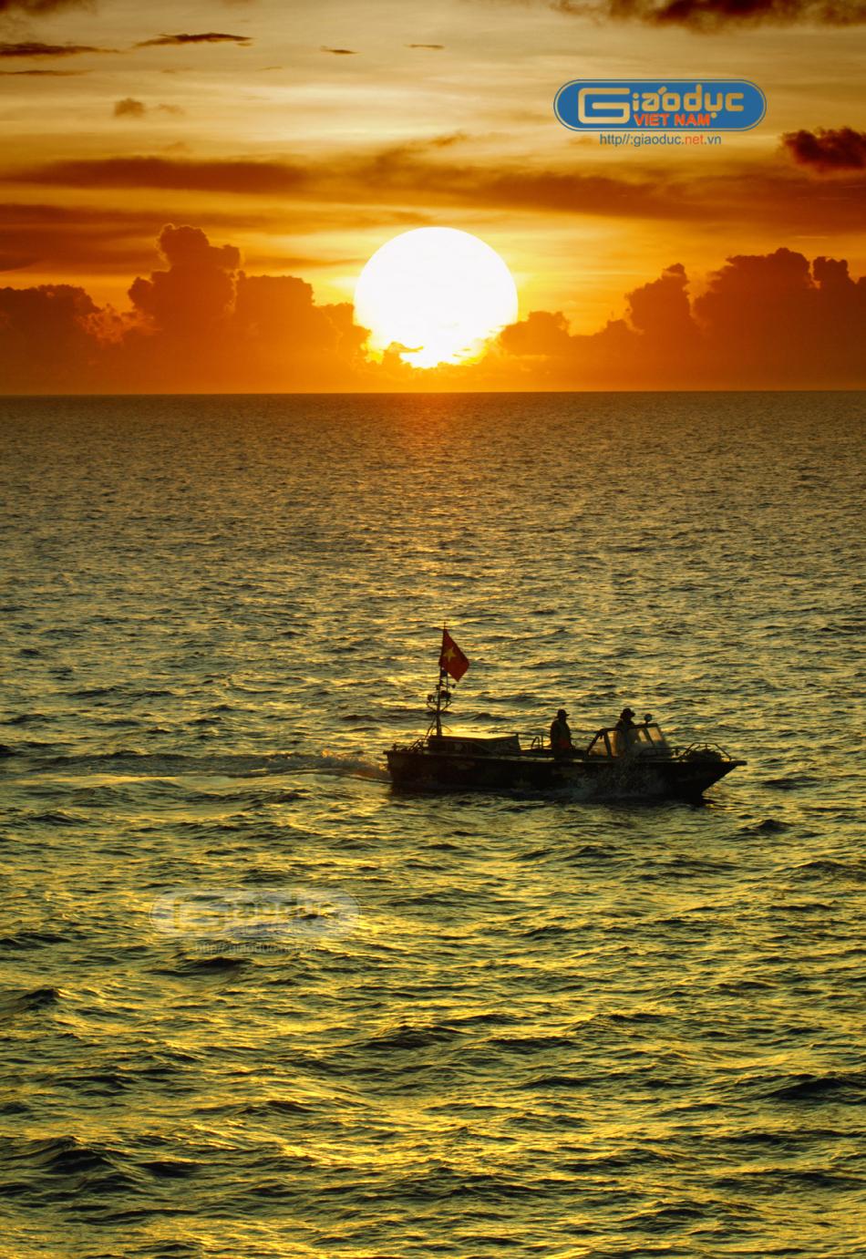 越南侵占我南海岛礁并建设驻军岛礁越南侵占驻军南海