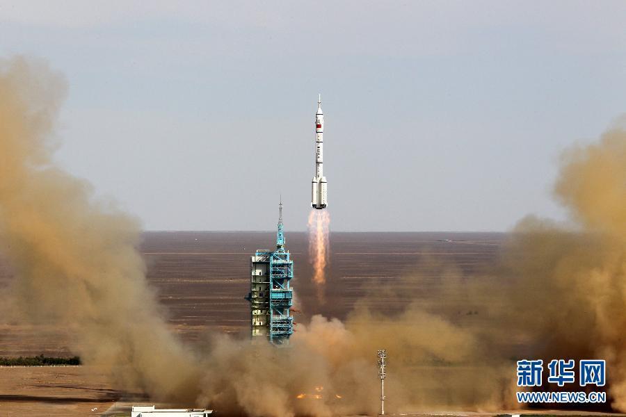 火箭起飞加速度_起飞加速度