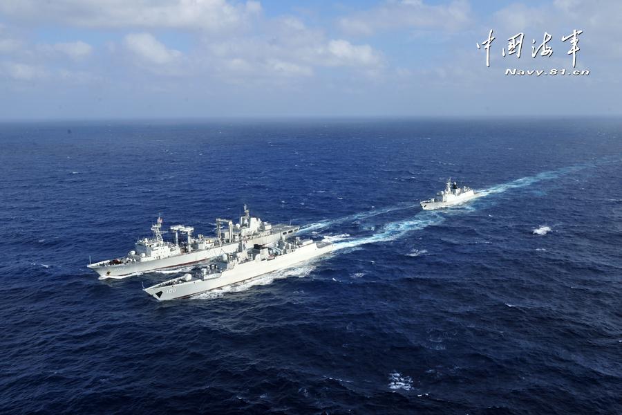 海上补给编队
