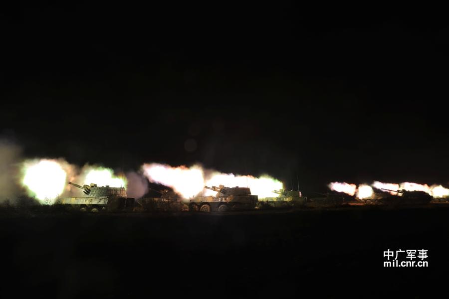 Цзинань театра использованы для Fight Night борьбы с натиском новых колесных группы залп артиллерии