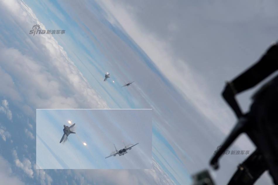 【朗報】F-15最強説 現時点で無敵と称されるF-22にドッグファイトで勝利