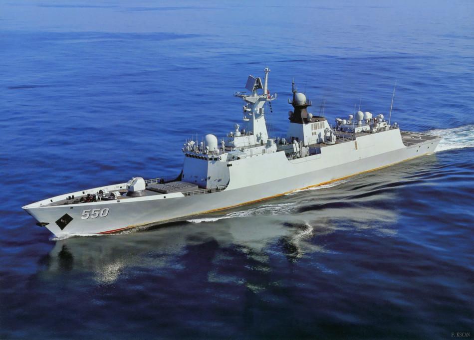 054A新护550潍坊舰深海航行
