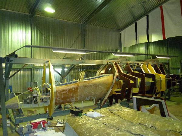 俄罗斯前掠翼教练机sr-10原型机成功首飞