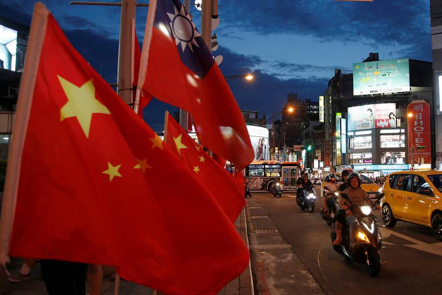 国民党市议员:若蔡英文当局不护渔 台湾渔民就改挂五星红旗