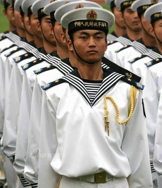 07式海军服.-解放军还有这样的 人民海军曾经的非主流军服图片