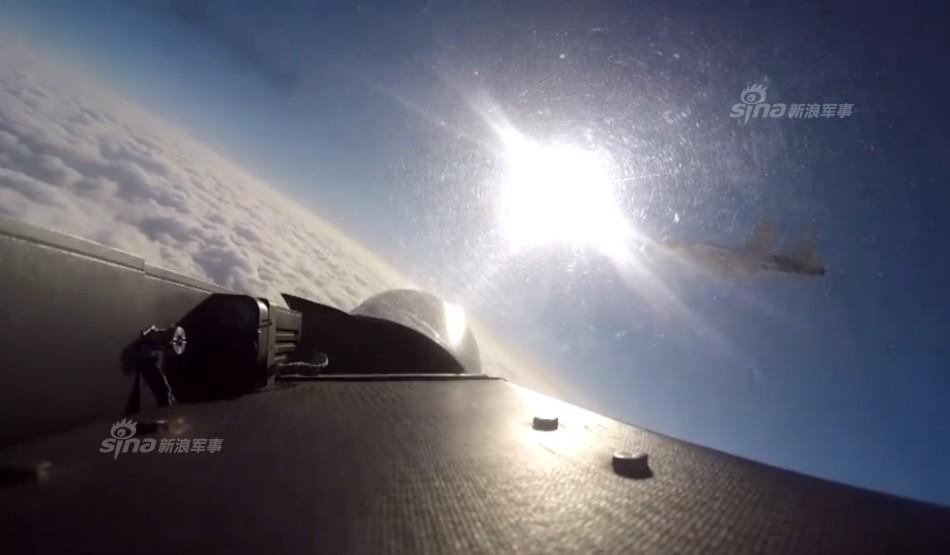 舰载机已进行了空中加受油、空中对抗等多项训练.-歼15舰载机四机图片
