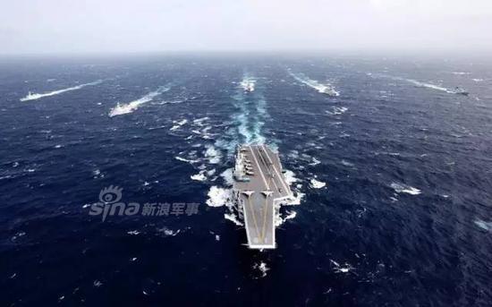 海等海区,航经宫古海峡、巴士海峡、台湾海峡等海峡水道.-第一岛