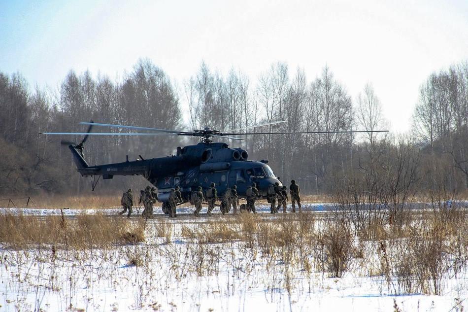 俄军在黑龙江对面玩起武工队