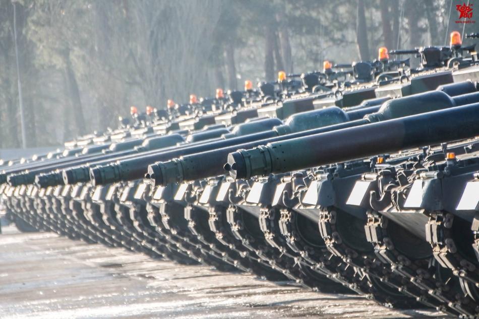 抗俄桥头堡!波兰大秀豹二坦克