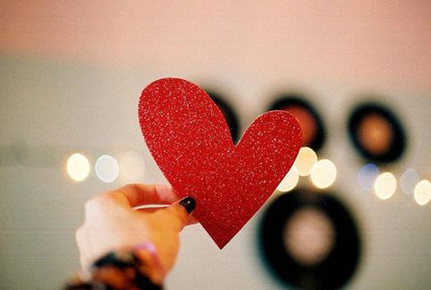 18种相处方式:为爱情增加更多乐趣(双语)