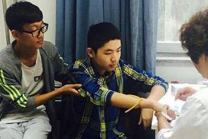 血友病小伙辍学9年备考80天考上本科