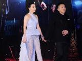 视频:刘嘉玲半透明裸露下体 抢镜金像奖红毯
