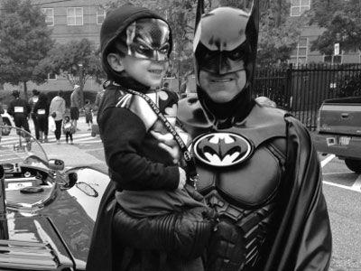 平民蝙蝠侠车祸身亡