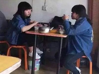 视频:Sunshine成员吃