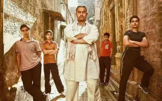 """""""印度的良心""""阿米尔·汗:用电影改编国家,为保护儿童出庭作证"""