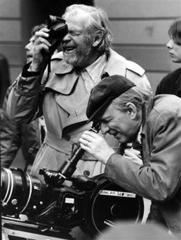 资料图片:1981年伯格曼拍摄《芬妮与亚历山大》