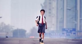 组图:《长江七号》官方剧照曝光中影确认档期
