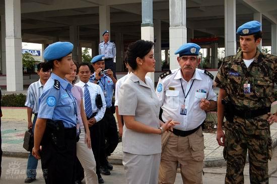 资料图片:《中国维和警察》精彩剧照(17)
