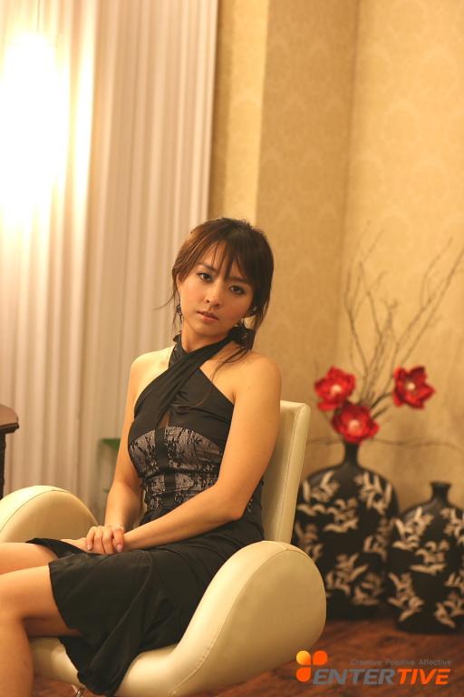 美女性爱性吧_资料图片:韩国女星金孝妍精彩写真(32)