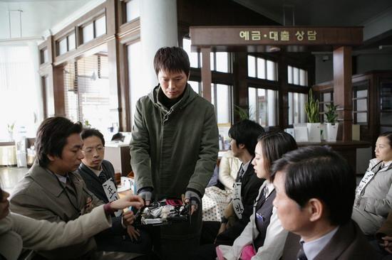 资料图片:韩国影片《正直的生活》精彩剧照(21)