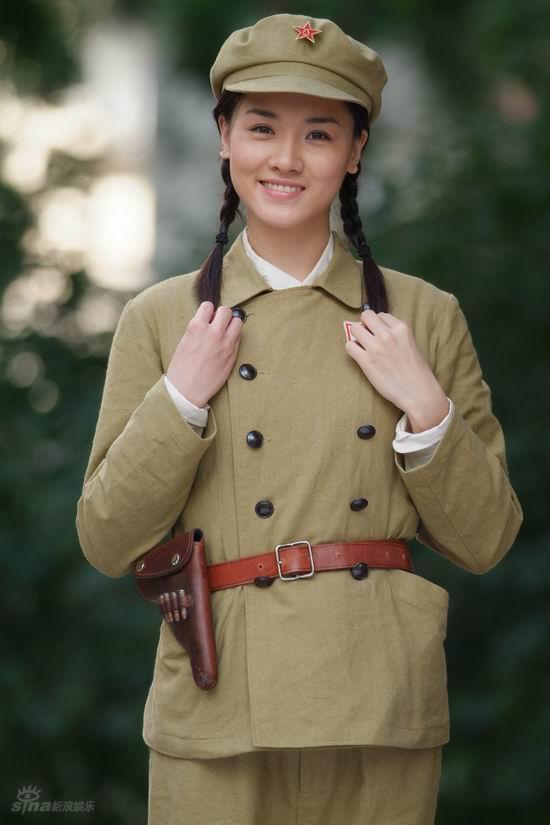 资料图片:军旅电视连续剧《高地》精彩剧照(45)