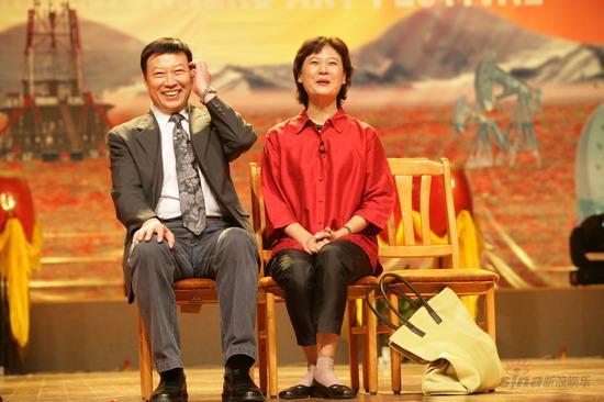 第二届中国职工艺术节小品展演敦煌举行(组图)