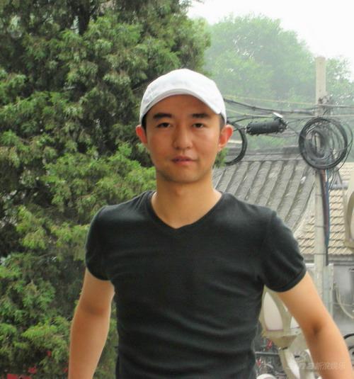资料图片:话剧《新北京人》主创-宋学智