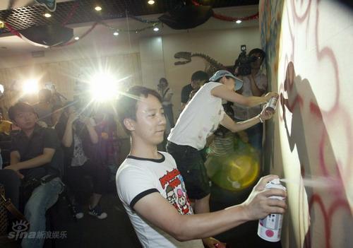 资料图片:《超级宝宝》-主演王茂蕾和王昭懿