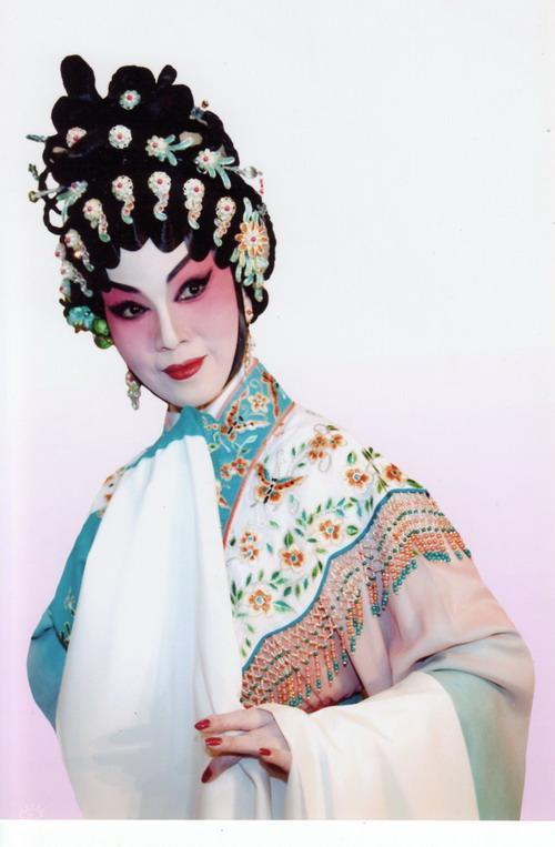 资料图片:庆祝香港回归十周年-尹飞燕