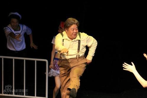 图文:奇异的插曲上演--喜悦的沙米起舞