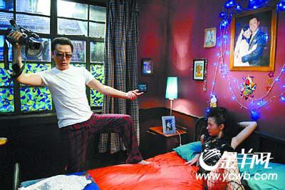 """《大电影2》继续恶搞郭涛刘心悠拍""""黄电影"""""""
