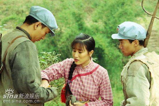 《革命到底》参加展映入围上海电影节传媒大奖