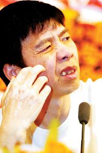 冯小刚周星驰09年合作新片谁当导演是难题(图)